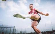 Top 10 ngôi sao có đôi chân khủng nhất thế giới