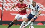 Patrice Evra điên tiết, kêu gọi Man Utd phế truất Harry Maguire