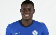 Tân binh của Chelsea chống cảnh sát, bảo vệ sự bình yên tại Nigeria