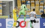 Thủ môn mắc sai lầm, Ukraine giúp Đức giành thắng lợi đầu tay