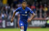 XONG! 'Cầu thủ toàn năng' rời khỏi Chelsea