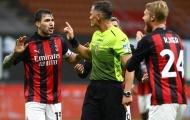 Thổi 2 quả penalty 'trên trời', trọng tài trận Milan - Roma nhận án phạt nặng