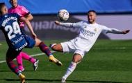 Hazard tái xuất lập tuyệt phẩm, Benzema ghi cú đúp, Real bóp vụn đối thủ