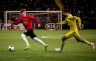 Man Utd có 'tiểu Iniesta, Xavi' chưa được trọng dụng