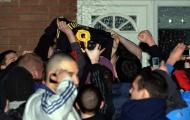 Những hoài niệm của mái nhà mà Liverpool vừa chia tay (P2): Đồi Pako và vụ đốt áo