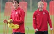 Không đồng tình với Neville, Scholes tự chọn hàng công bá nhất của Man Utd