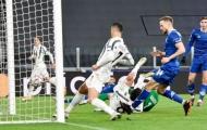 Juventus thắng dễ Dynamo Kyiv, Ronaldo và... nữ trọng tài đạt cột mốc khủng