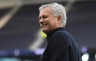 Bất ngờ ca ngợi chủ tịch 'keo kiệt', Mourinho lại gây sốc