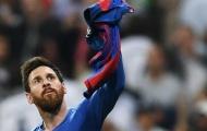 Không phải Ronaldo, Messi đổi áo với 1 sao Juve sau trận