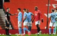 Roy Keane loại Man City khỏi cuộc đua vô địch
