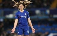 Khoảnh khắc sao trẻ Chelsea khiến Solskjaer tức điên ngoài đường biên