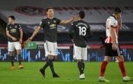 SỐC! Tranh cãi nảy lửa, Matic 'tẩn' luôn Bruno Fernandes trên sân