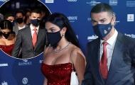 Georgina quá nóng bỏng theo chân Ronaldo nhận giải thưởng danh giá
