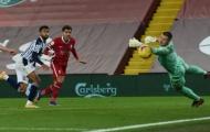 Người cũ M.U xuất thần, Liverpool rơi điểm trước đội áp chót