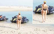 Khoe trọn vòng 3, bạn gái Ronaldo gây chú ý bên bãi biển