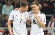 Chia tay Ozil, Arsenal chi tiền đón 'cỗ máy kiến tạo Ligue 1'