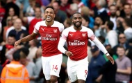 Ozil ra đi, 2 sao Arsenal ngay lập tức tranh nhau chiếc áo số 10