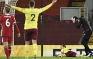 'Báo hại' Liverpool thất thủ, đây là lời Alisson nói với Jurgen Klopp