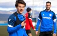 HLV Alaves khen ngợi tố chất đặc biệt của sao trẻ Man Utd