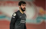 Alisson 'cosplay' Karius, Liverpool thảm bại trước đội hình không tiền đạo của Man City