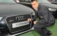 Bị đập vỡ kính xe, El Shaarawy truy đuổi tên trộm đến cùng