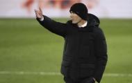 Khó khăn bủa vây, Zidane vẫn quyết chốt tương lai 'máy quét' vạn người mê
