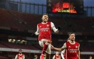 'Nỗi thất vọng' lập hat-trick, Arsenal thắng bùng nổ trên sân nhà