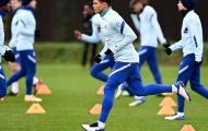 Fan Chelsea phát cuồng với 1 hình ảnh đặc biệt trên sân tập đội nhà
