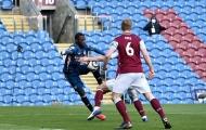 VAR gây 'lú' cực mạnh ở trận Burnley - Arsenal