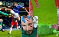 SỐC! 'Tung cước' kinh hoàng, học trò của Gerrard khiến đối thủ đổ máu