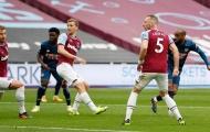 Thay người đỉnh cao, Arsenal hòa West Ham với kịch bản điên rồ