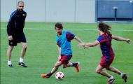 Câu chuyện mang tính biểu tượng của Messi trên sân tập Barca