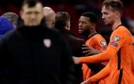 Hà Lan gặp vấn đề! Sao Liverpool nổi điên với HLV trưởng vì 'cụt hứng'