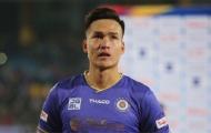 'Tung cước' thô bạo, sao Hà Nội FC khiến Trưởng ban trọng tài nổi giận