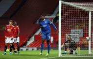 Lại sút tung lưới Man Utd, Danny Welbeck lập kỷ lục không ngờ