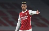 Rio Ferdinand chỉ trích 1 cái tên Arsenal sau trận thua Liverpool