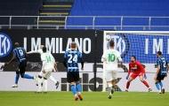 Lukaku lại ghi bàn, Inter bỏ xa AC Milan