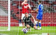 Bernd Leno mắc sai lầm 'gà đẻ trứng', Arsenal thua tức tưởi trên sân nhà