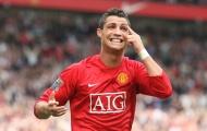 Trở lại M.U, không có chuyện Ronaldo giảm lương