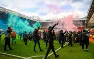 Hình ảnh điên rồ xuất hiện, Old Trafford thất thủ hoàn toàn