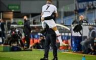 Mbappe hóa Ro béo, PSG nhọc nhằn vào chung kết trên chấm penalty