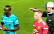 SỐC! Klopp tiết lộ lý do Sadio Mane phớt lờ mình tại Old Trafford