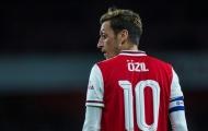 Ozil ra đi, 2 sao Arsenal đòi áo số 10