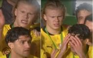 'Táy máy' chân tay, sao Dortmund bị Haaland vả thẳng mặt