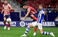 Cùng Atletico bay cao, Suarez buông lời móc mỉa Barca