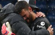 Alisson Becker: Người hùng cũng biết khóc!