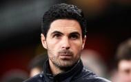 Arteta ngó lơ, Arsenal sắp mất 'hậu vệ đa năng'?