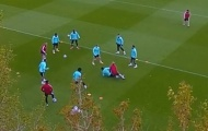Sao Arsenal xử lý kinh hoàng với trợ lý HLV
