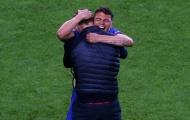 Thiago Silva gia hạn hợp đồng với Chelsea