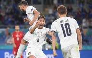 Italia thắng tưng bừng vì bệ phóng từ 'tam giác quỷ'